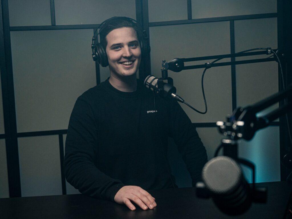 Podcast Sampo talk show nauhotuksessa